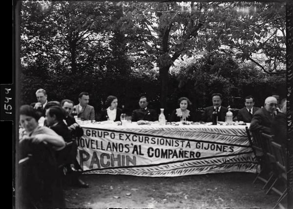 1544. Banquete a Pachín de Melás. 23-4-1933