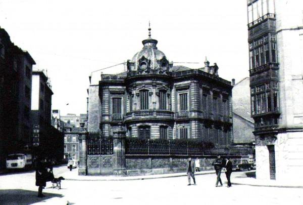 1967 Chalet en la confluencia de las calles Concepción Arenal, Celestino Junquera y Dindurra