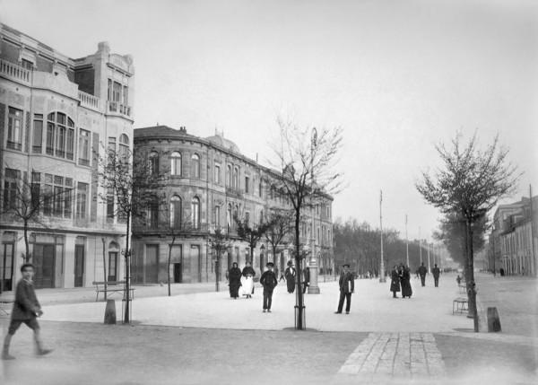 Paséu de Begoña hacia 1911