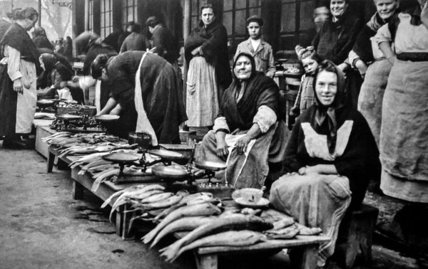Exterior del mercado de Pescado., por Ruth Matilda
