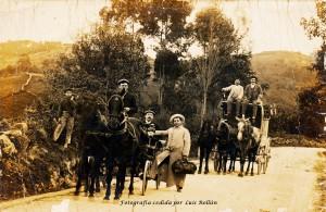 Gijón. Carruajes de punto, año 1899