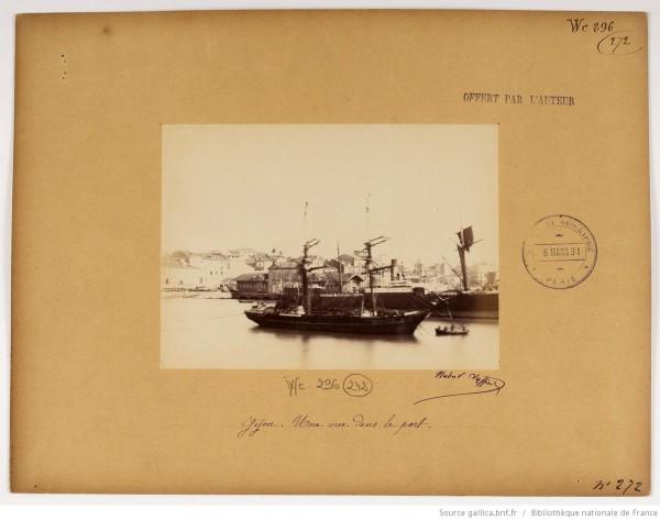 F. 272. Gijón, una vista en el puerto