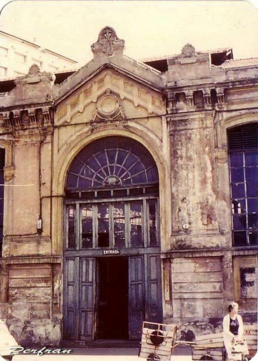 plaza del Sur año de la foto 1981 antes de su restauración