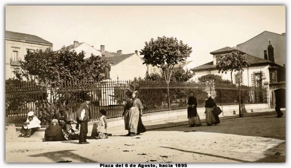 Plaza del 6 de Agosto hacia 1895. marco