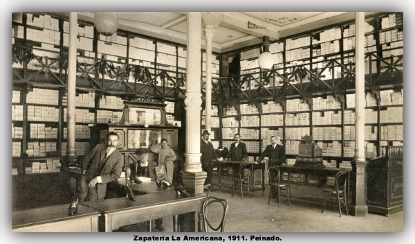 Zapatería La Americana, 1911. Peinado. marco