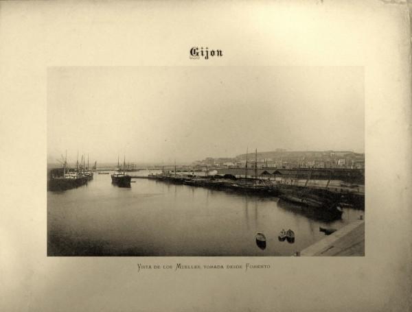 8 Vista de los Muelles desde el Fomento